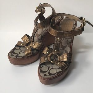 Coach mayra wooden wedge heel gold sandals 9.5 b